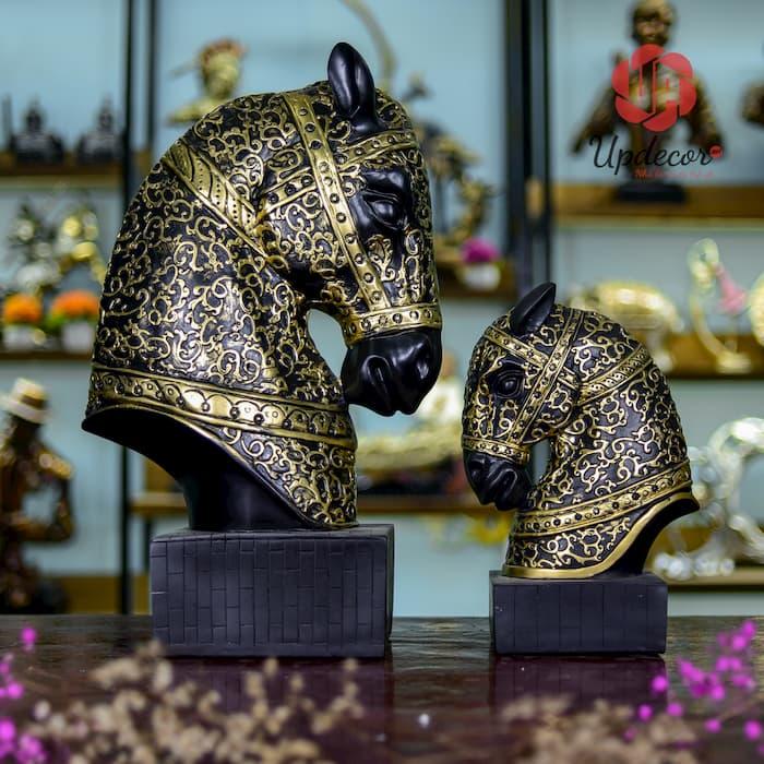 tượng đầu ngựa trang trí decor phòng khách