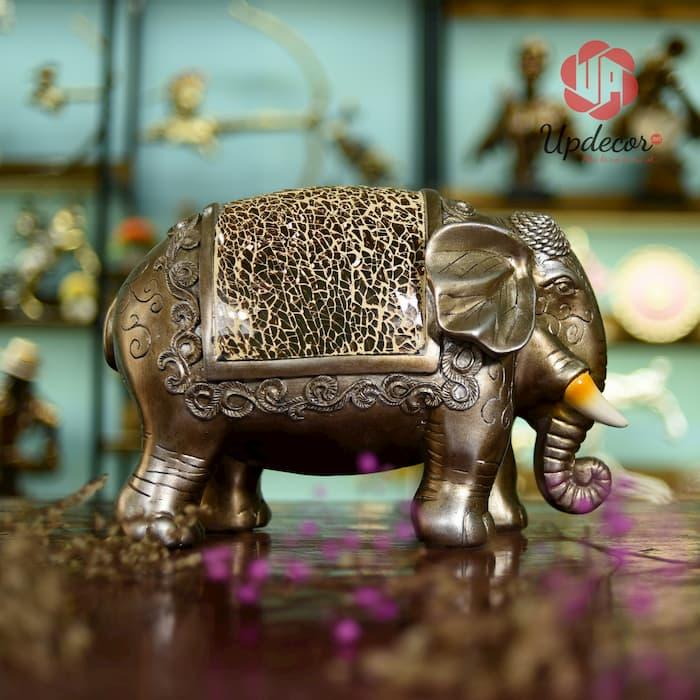 Từ lâu voi đã trở thành một linh vật trong nội thất