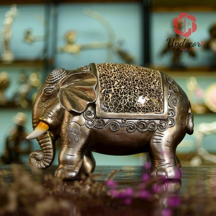 Tượng voi phong thủy dùng trang trí bàn làm việc