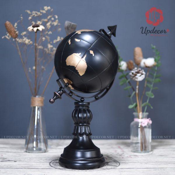 Có thể nhìn quả cầu màu đen rất sang trọng và ấn tượng