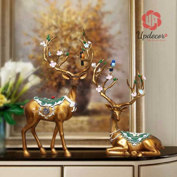 Tượng trang trí decor cặp hươu tài lộc được gia công rất tinh tế và sắc nét