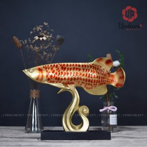 Tượng cá rồng phong thủy là một biểu tượng mang lại nhiều may mắn, thịnh vượng đến gia chủ