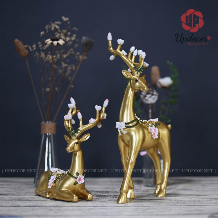 Cặp tượng hươu trang trí với ý nghĩa mang lại nhiều tài lộc và may mắn đến cho gia chủ
