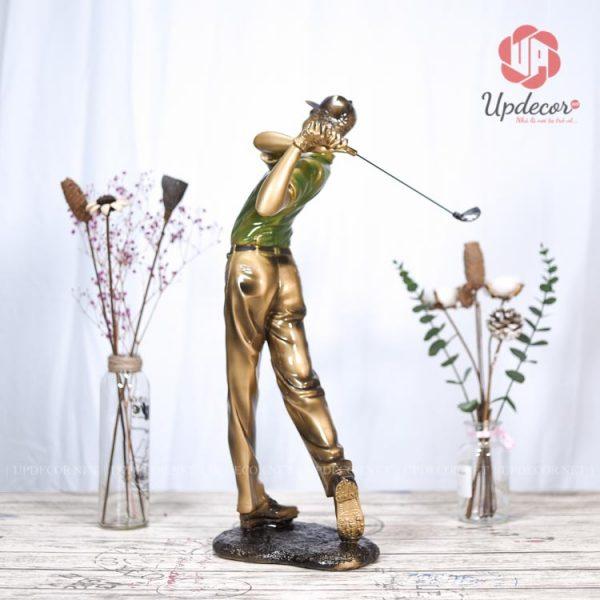 Bộ môn đánh golf như nhắc nhở chúng ta rằng khi làm bất kỳ việc gì cũng như đánh một trái golf thì trăm phát trăm trúng
