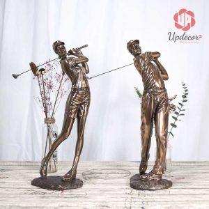 Tượng trang trí phòng khách là cặp tượng đánh golf rất đẳng cấp và ấn tượng cho không gian phòng khách