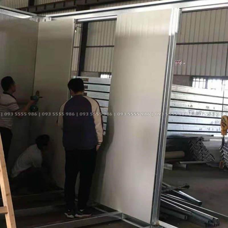 Việc lắp dựng vách nhà không quá phức tạp bởi các tấm panel đã được chế tạo sẵn