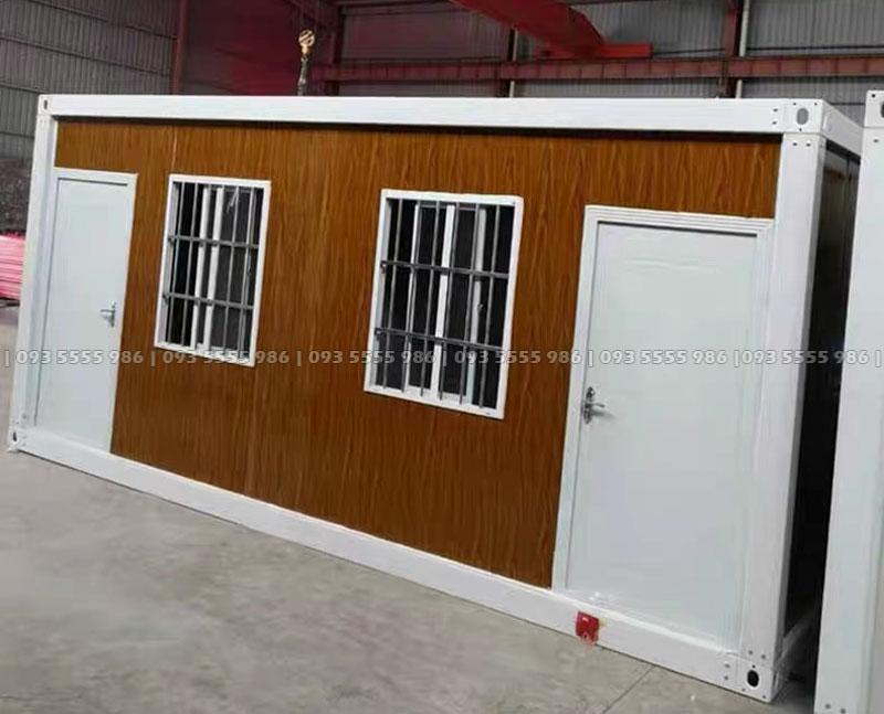 Ngoài mầu trắng nhà truyền thống của chúng tôi cung cấp thì Updecor còn có thêm các phiên bản mầu vách giả gỗ rất bắt mắt, rất thích hợp để quý khách đầu tư làm homestay