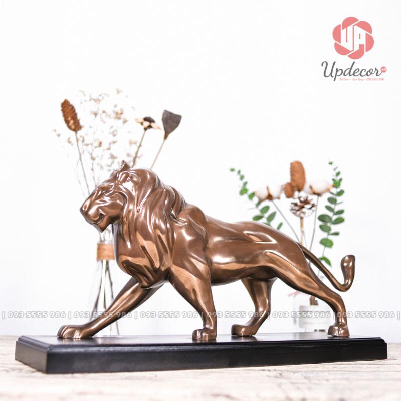 Tượng sư tử như một biểu tượng cho những con người mạnh mẽ và mang tính kỷ luật rất cao